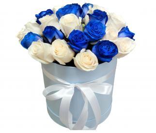 Розы в шляпной коробке №217