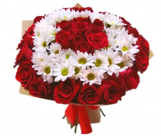 Букет из роз и хризантем №701