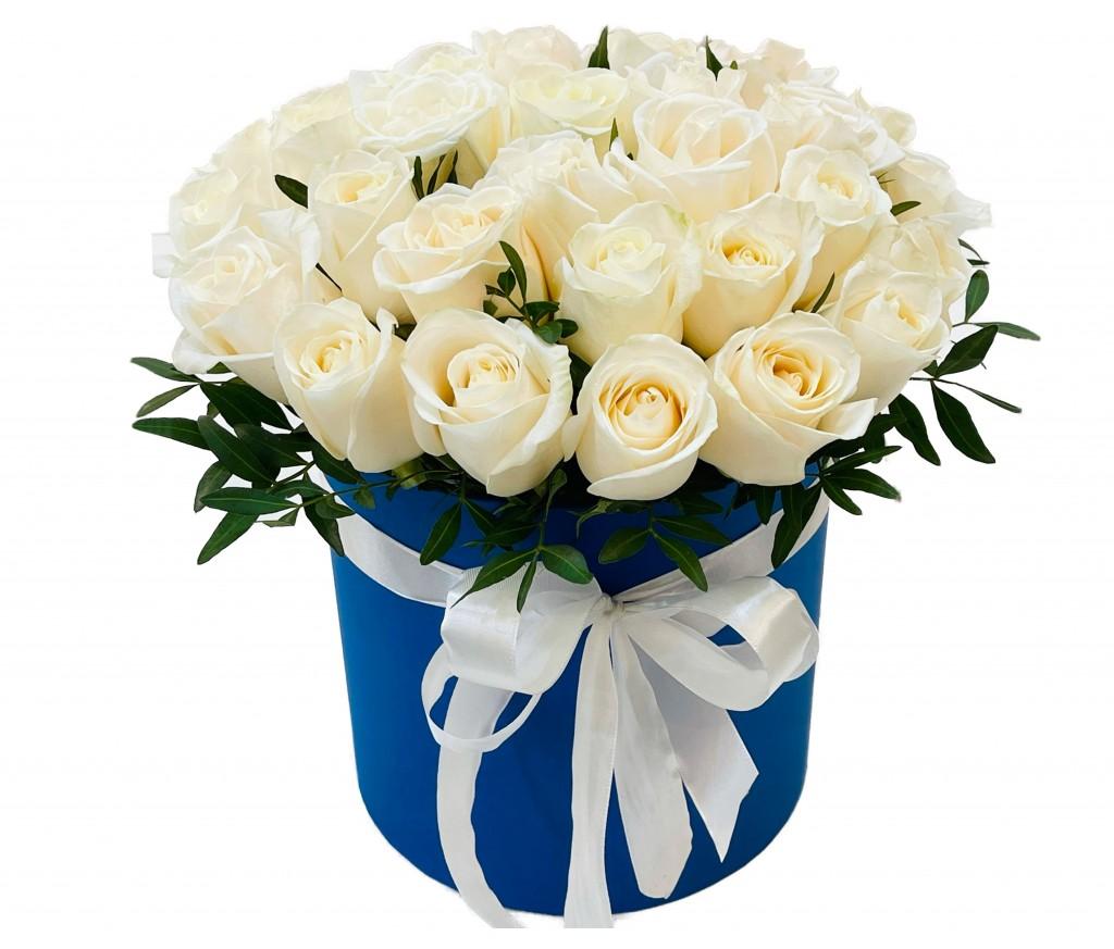 Розы в коробке № 12