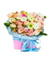 Розы в коробке №347