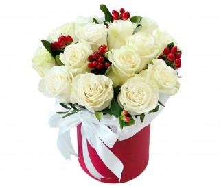 Розы в шляпной коробке №406