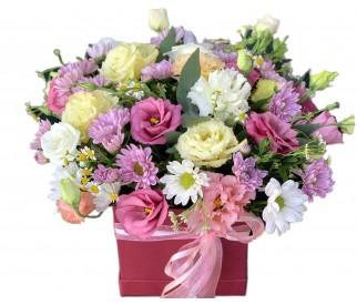 Цветы в коробке № 423