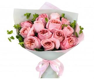 Букет пионовидных роз №453