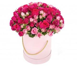 Розы в коробке №229